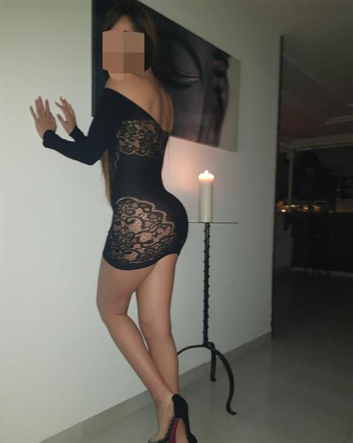 Xanh, 20 años, escort en Sevilla fotos reales