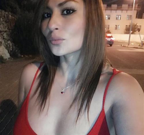 Jasmia, 28 años, puta en Ávila fotos reales