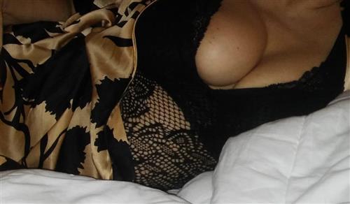 Fakdue, 26 años, puta en Salamanca fotos reales